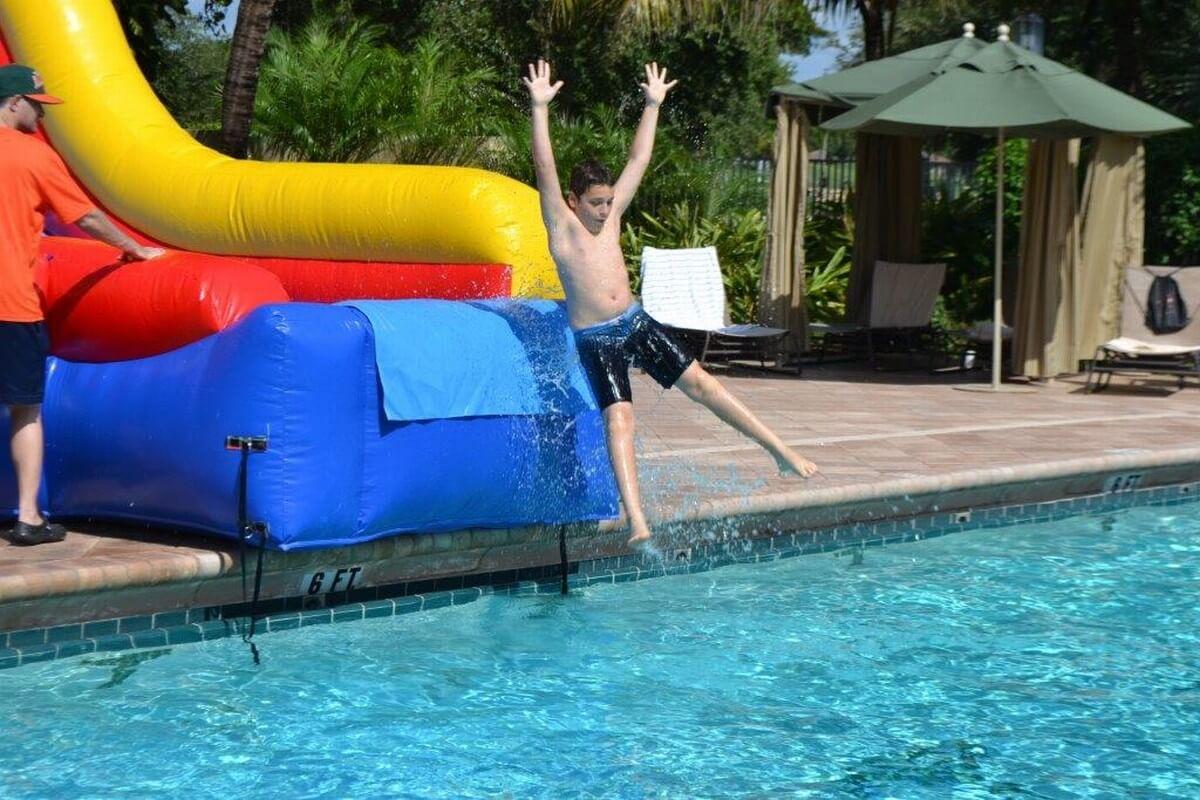 Splash down south florida bounce for Florida pool show 2015